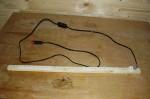 LED lišta do zásuvky bude použita třeba jako podlinkové světlo nebo jako lampička k psacímu stolu