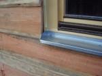 parapetní plechy oken jsou také z pozinkovaného plechu