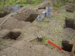 12 základových patek bylo kopáno ručně